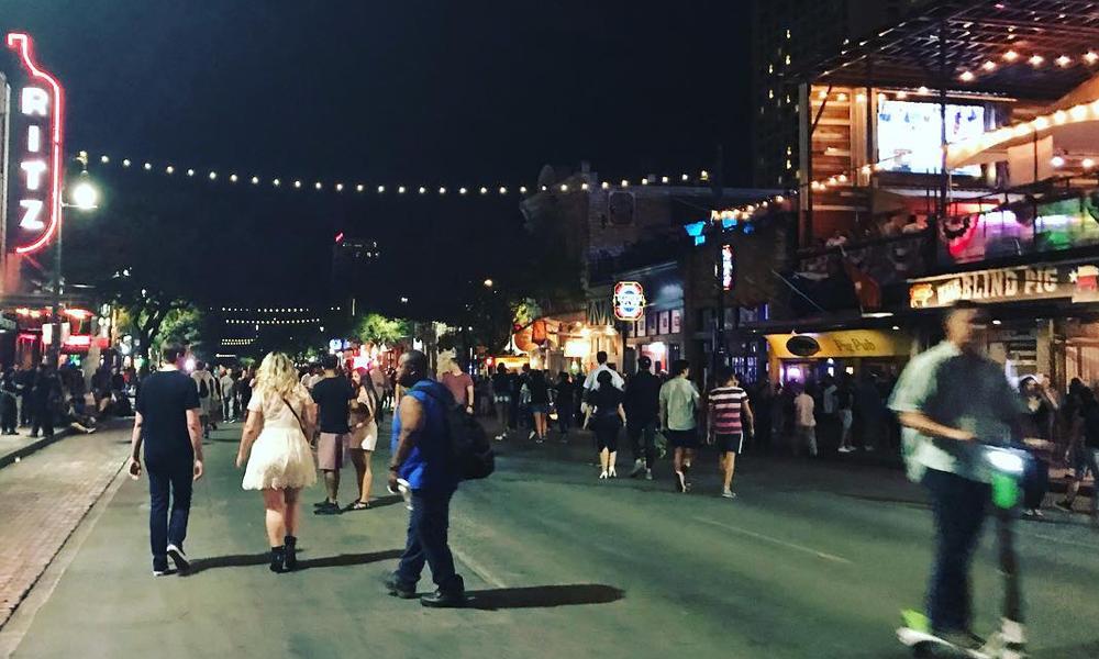 Best Instagram Photo Ops in America | 6th Street